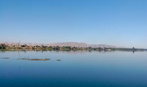 Louxor vu du Nil ⎜ Luxor as seen from the Nile